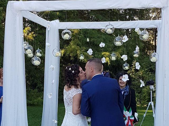 Il matrimonio di Walter e Giusy a Monvalle, Varese 28