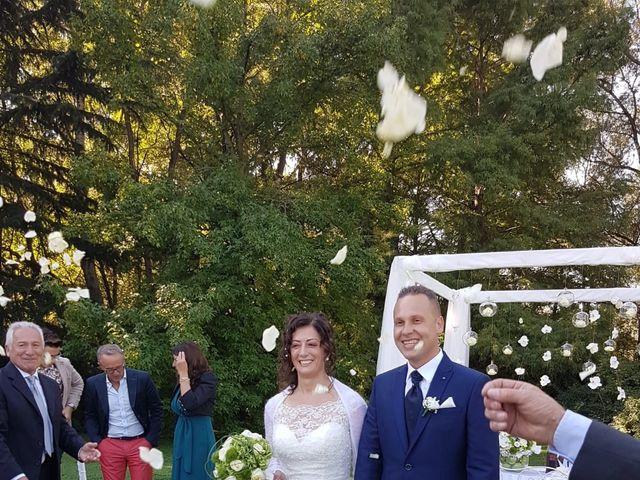 Il matrimonio di Walter e Giusy a Monvalle, Varese 30