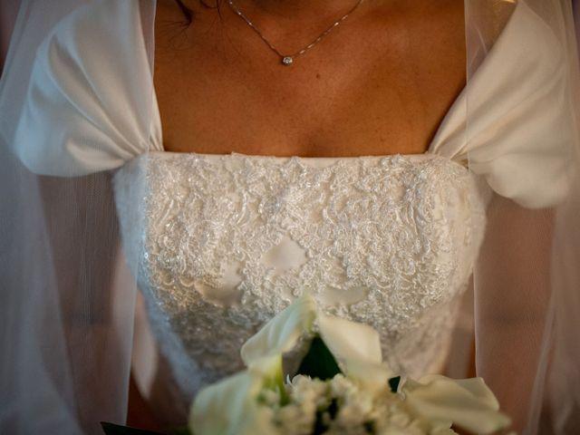 Il matrimonio di Elia e Elena a Cislago, Varese 28