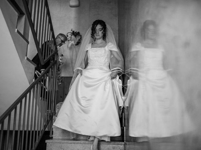 Il matrimonio di Elia e Elena a Cislago, Varese 29