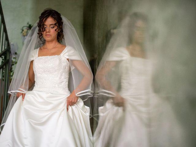 Il matrimonio di Elia e Elena a Cislago, Varese 30