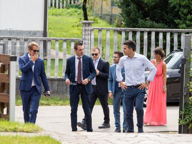 Il matrimonio di Elia e Elena a Cislago, Varese 32