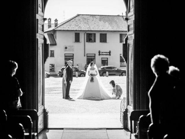 Il matrimonio di Elia e Elena a Cislago, Varese 41