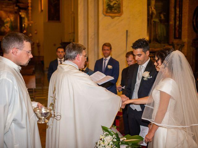 Il matrimonio di Elia e Elena a Cislago, Varese 50