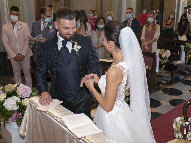 Il matrimonio di Roberto e Greta a Cermenate, Como 30