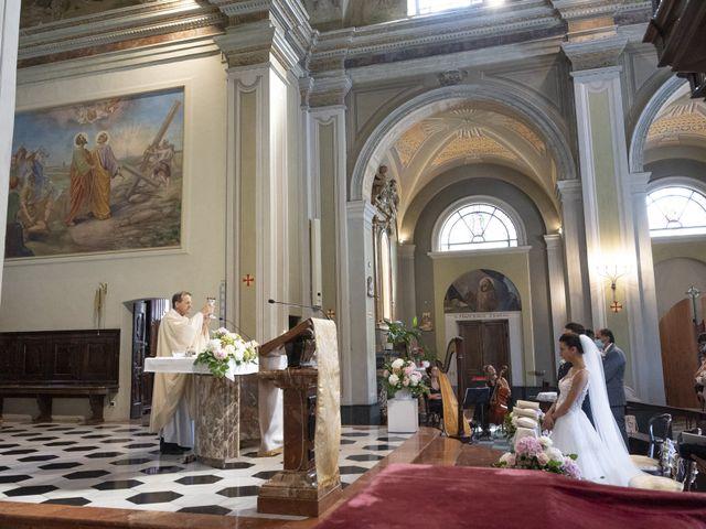 Il matrimonio di Roberto e Greta a Cermenate, Como 32