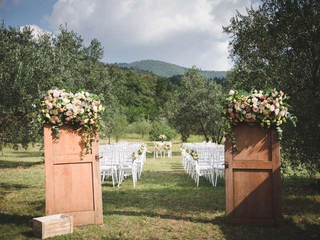 Il matrimonio di Simone e Selene a Prato, Prato 16