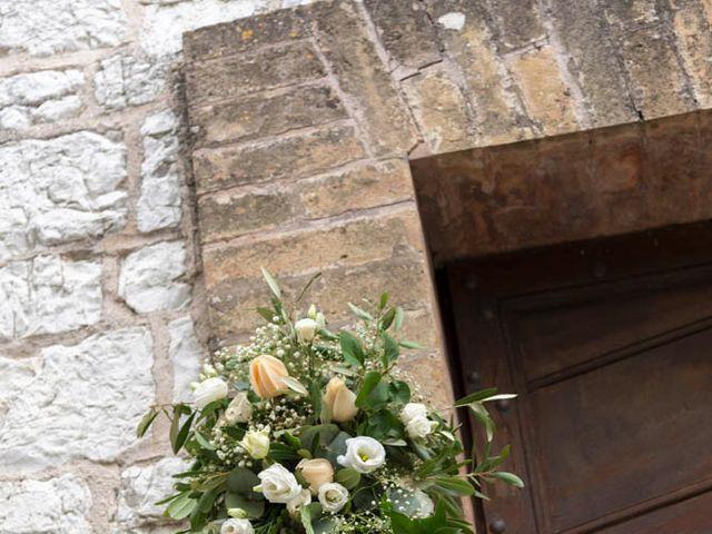 Il matrimonio di Valerio e Giulia a Arcevia, Ancona 39