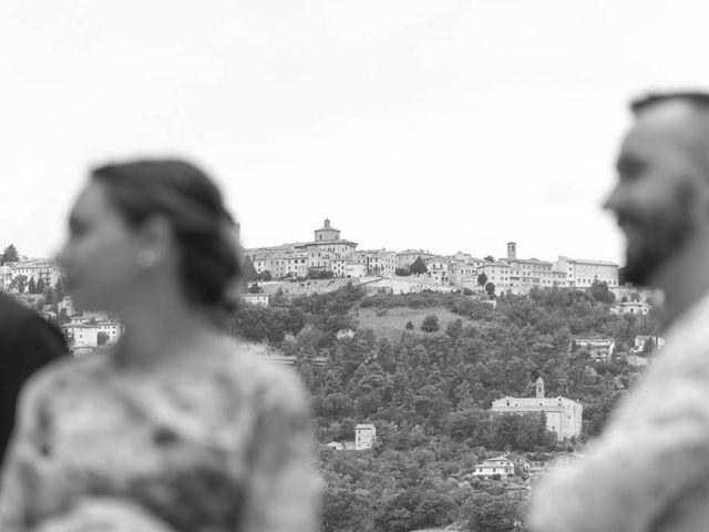 Il matrimonio di Valerio e Giulia a Arcevia, Ancona 47