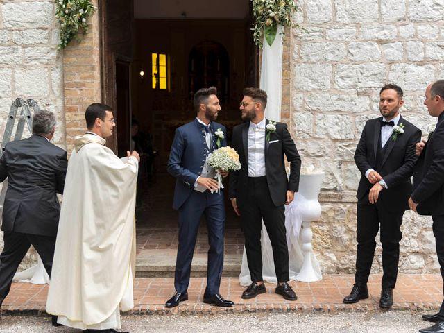 Il matrimonio di Valerio e Giulia a Arcevia, Ancona 49