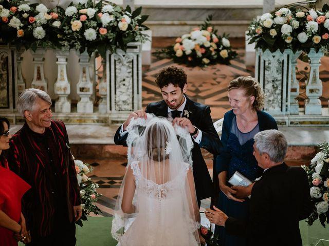 Il matrimonio di Gian Luca e Nicoletta a Vietri sul Mare, Salerno 8