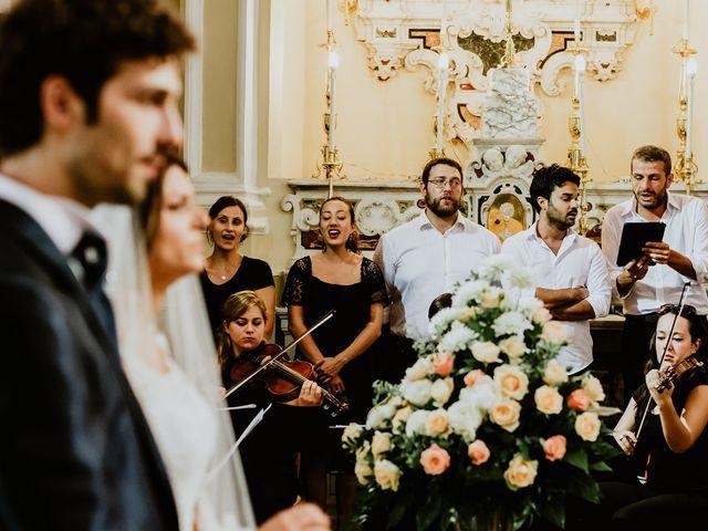 Il matrimonio di Gian Luca e Nicoletta a Vietri sul Mare, Salerno 15