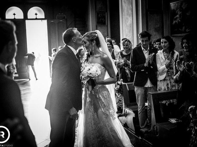 Il matrimonio di Marco e Giluia a Abbadia Lariana, Lecco 12
