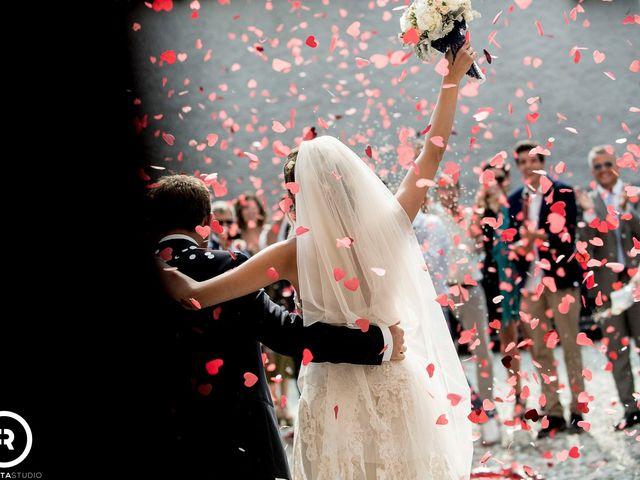 Il matrimonio di Marco e Giluia a Abbadia Lariana, Lecco 20