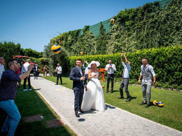 Il matrimonio di Davide e Roberta a Fornovo San Giovanni, Bergamo 50