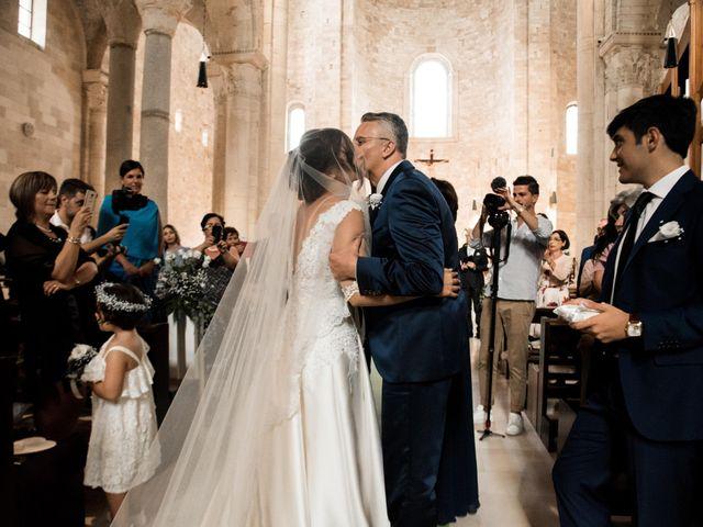 Il matrimonio di Andrea e Deborah a Trani, Bari 9