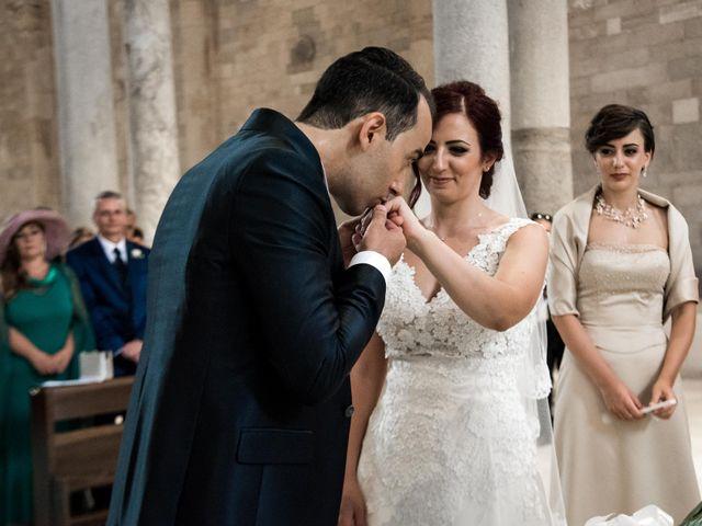 Il matrimonio di Andrea e Deborah a Trani, Bari 12