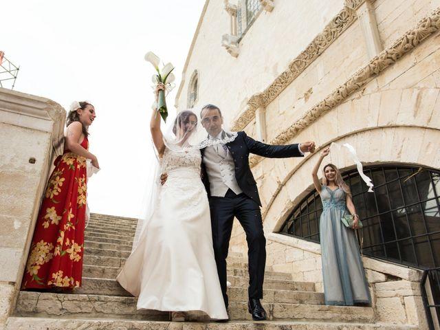 Il matrimonio di Andrea e Deborah a Trani, Bari 17