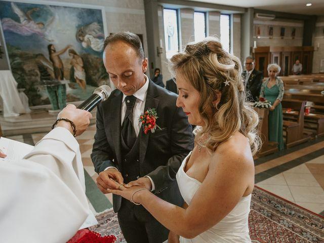 Il matrimonio di Daniele e Silvia a Viareggio, Lucca 26
