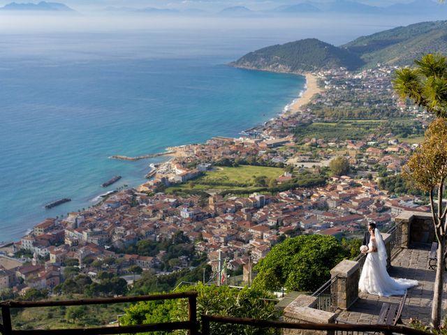 Il matrimonio di Teresa e Pietro a Castellabate, Salerno 35