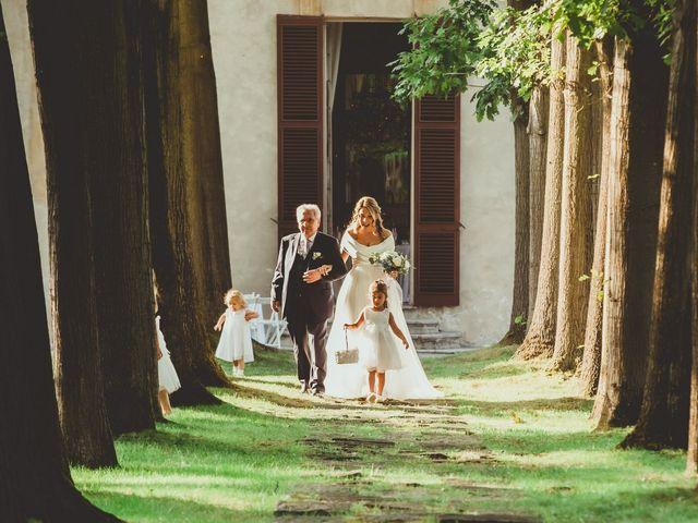 Il matrimonio di Jonathan e Lucia a Robecco sul Naviglio, Milano 18
