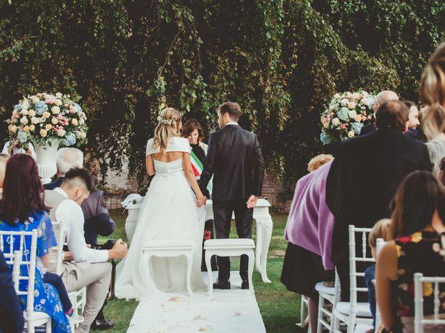 Il matrimonio di Jonathan e Lucia a Robecco sul Naviglio, Milano 21