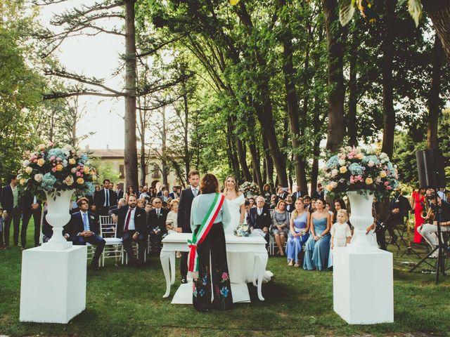 Il matrimonio di Jonathan e Lucia a Robecco sul Naviglio, Milano 23
