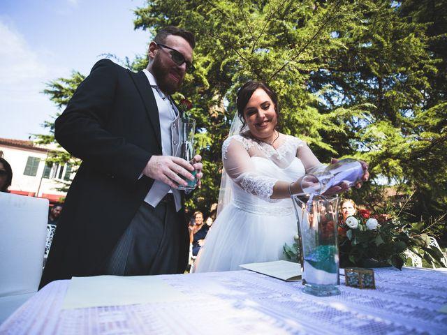 Il matrimonio di Luca e Gloria a Pasiano di Pordenone, Pordenone 21
