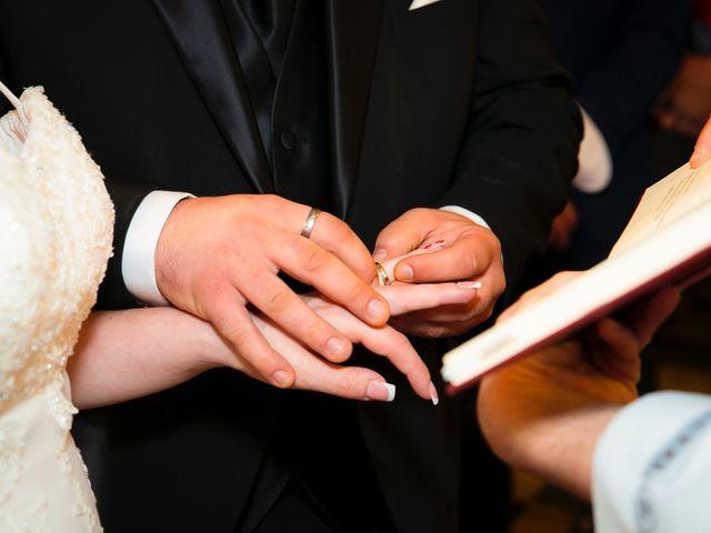 Il matrimonio di Gabriele e Chiara a Cerretto Langhe, Cuneo 23