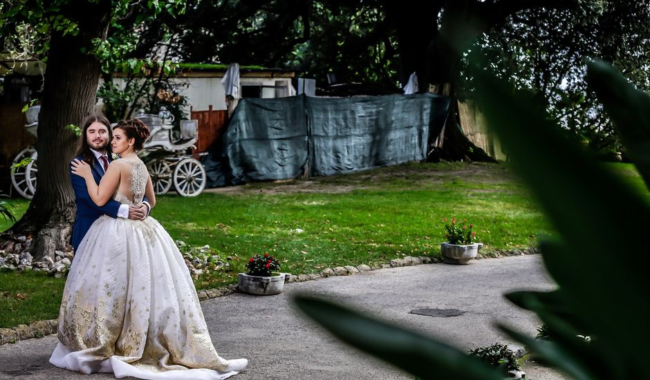 Il matrimonio di Valentin e Viviana a Napoli, Napoli