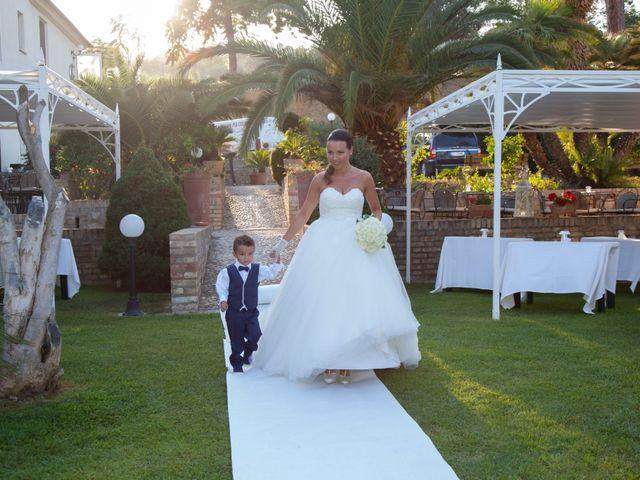 Il matrimonio di Fabio e Agnese a Silvi, Teramo 15