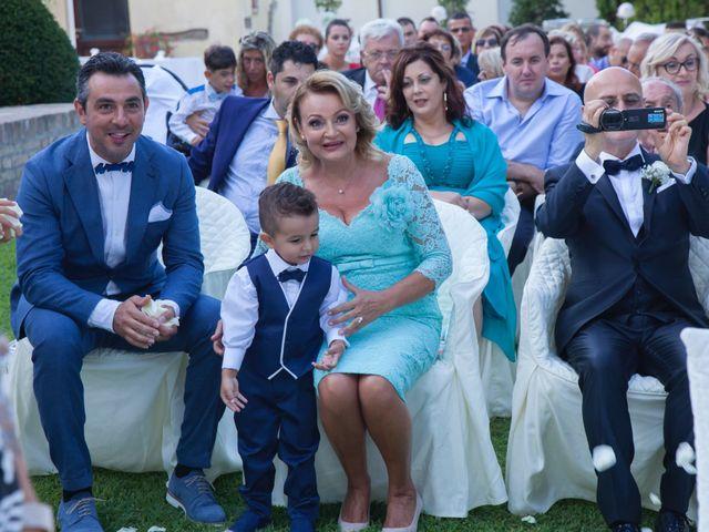 Il matrimonio di Fabio e Agnese a Silvi, Teramo 24