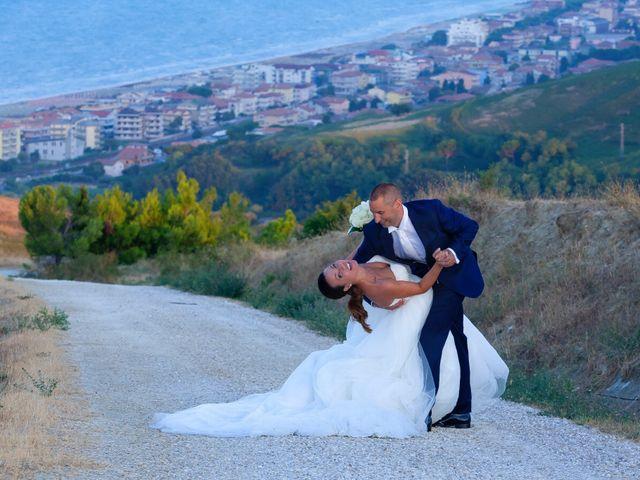 Il matrimonio di Fabio e Agnese a Silvi, Teramo 35