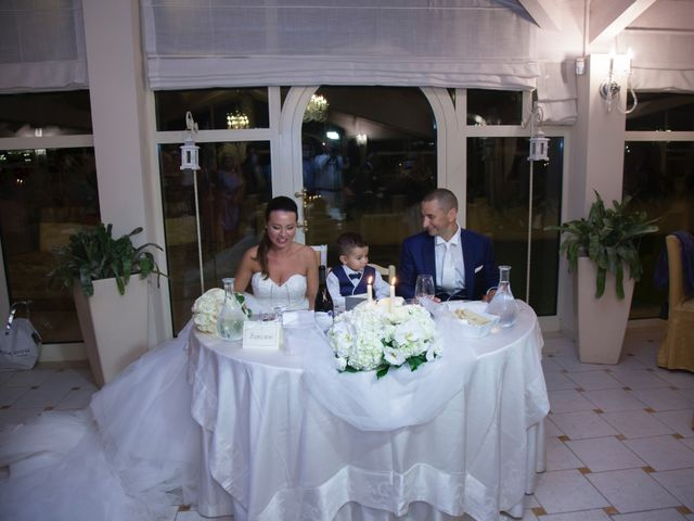 Il matrimonio di Fabio e Agnese a Silvi, Teramo 42