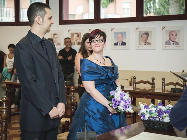 Il matrimonio di Valerio e Silvia a Lomagna, Lecco 30