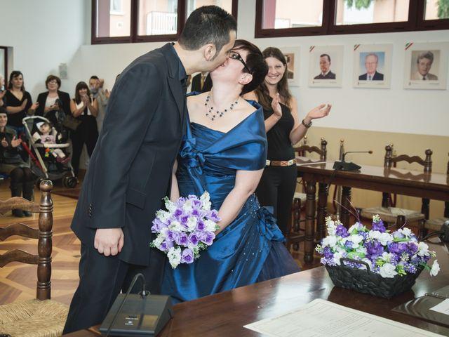 Il matrimonio di Valerio e Silvia a Lomagna, Lecco 32