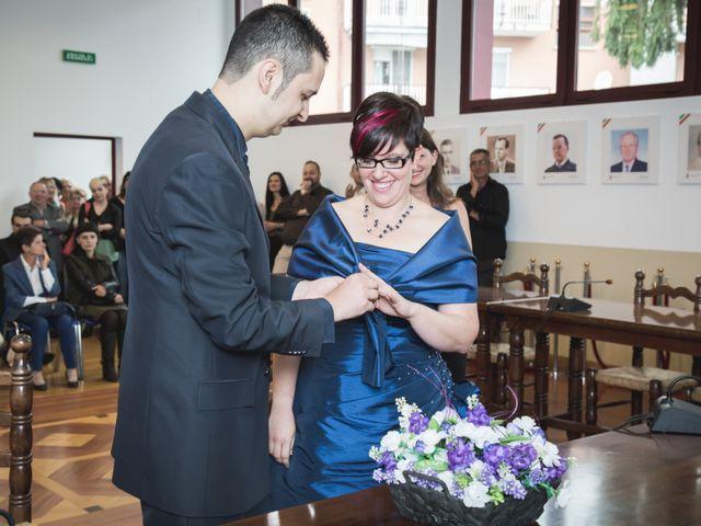 Il matrimonio di Valerio e Silvia a Lomagna, Lecco 35