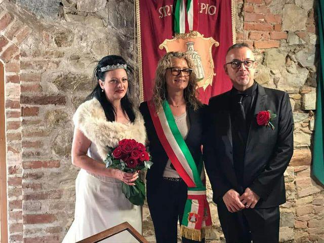 Il matrimonio di Davide  e Antonietta  a Murlo, Siena 3