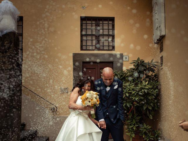 Il matrimonio di Simone e Barbara a Montecarlo, Lucca 35