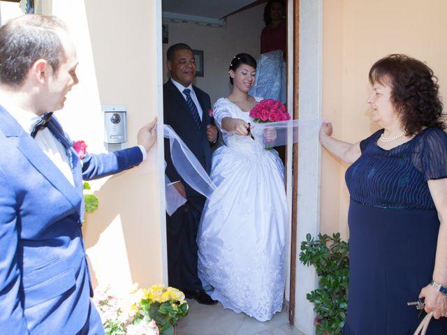 Il matrimonio di Gianluca e Evelyn a Pescara, Pescara 13