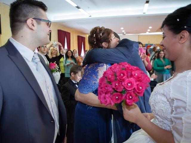 Il matrimonio di Gianluca e Evelyn a Pescara, Pescara 18