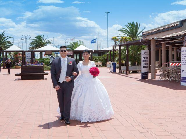 Il matrimonio di Gianluca e Evelyn a Pescara, Pescara 27