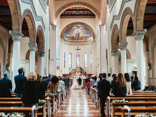 Il matrimonio di Matteo e Agnese a Castello di Godego, Treviso 27