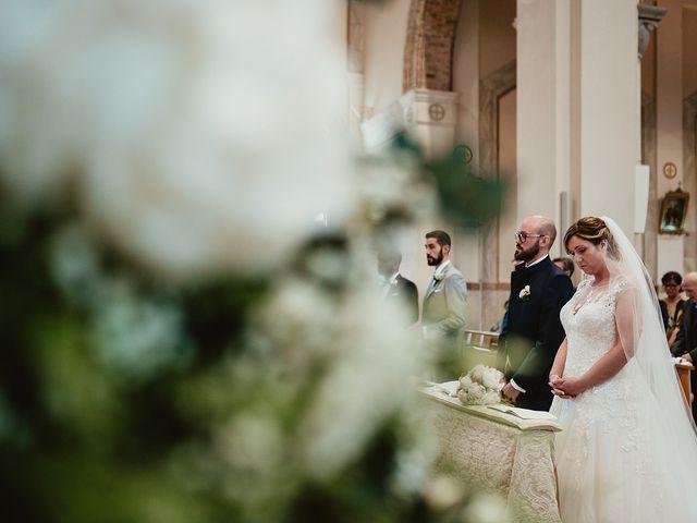 Il matrimonio di Matteo e Agnese a Castello di Godego, Treviso 28