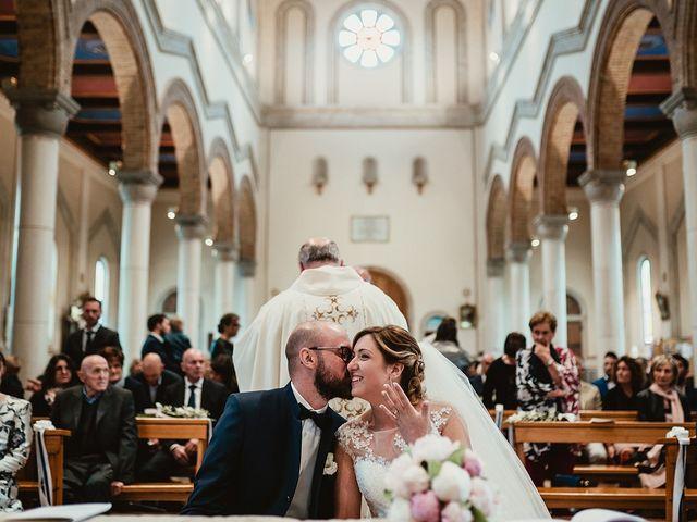 Il matrimonio di Matteo e Agnese a Castello di Godego, Treviso 31