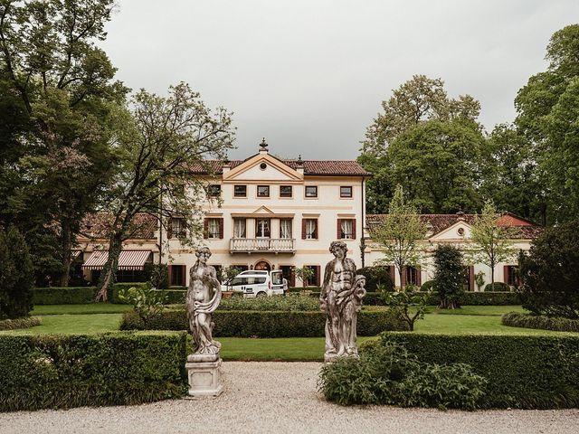 Il matrimonio di Matteo e Agnese a Castello di Godego, Treviso 42