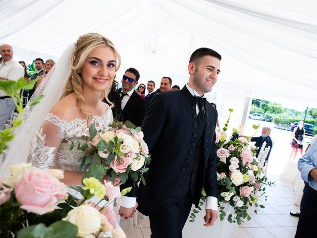 Il matrimonio di Ramira e Nicolas a Potenza Picena, Macerata 33