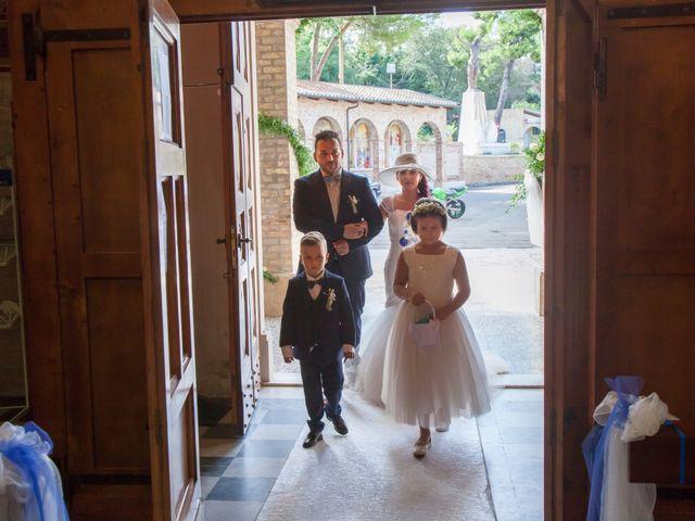 Il matrimonio di Paolo e Tania a Giulianova, Teramo 20