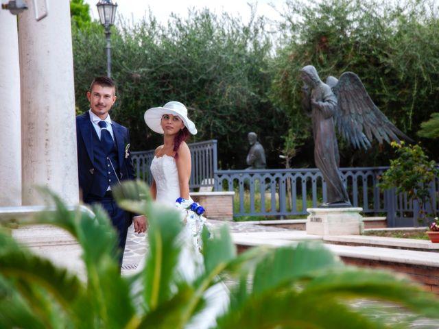 Il matrimonio di Paolo e Tania a Giulianova, Teramo 28