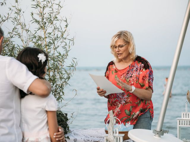Il matrimonio di Emiliano e Valentina a Cesenatico, Forlì-Cesena 37